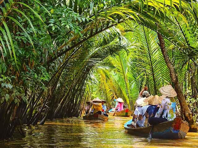 LIFE IN SAIGON AND ON THE MEKONG RIVER